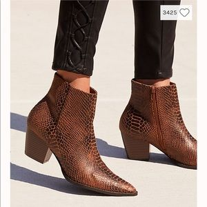 Coconuts by Matisse Going West Vegan Boots